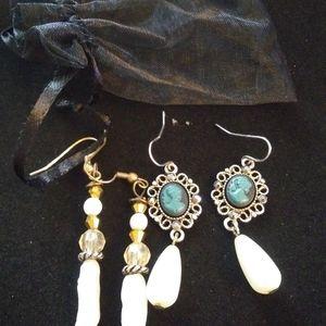 4/$25 Bundle of 2 Pearl earrings portrait cameo